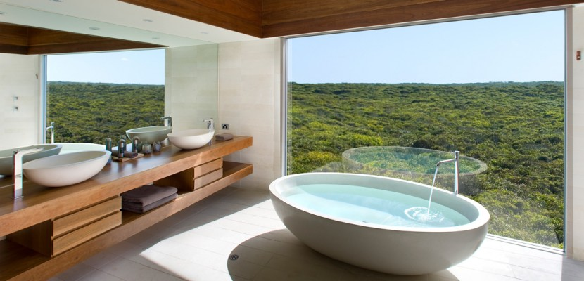9 amazing bath tubs you'll wish were in your own home - homesales